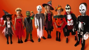 The Most Popular Halloween Costumes Throughout History